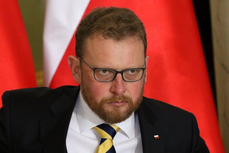 To minister zdrowia Łukasz Szumowski odwołał Krzysztofa Brzózkę.