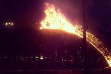 Regularna bitwa podczas Marszu Niepodległości. Spłonęła tęcza na Placu Zbawiciela