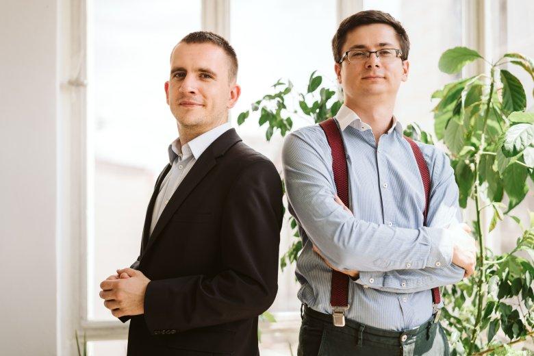 Mikołaj Wicher (po lewej) i Szymon Boruta z firmy Turbolarp