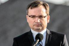 Dziwne, że minister sprawiedliwości prokurator generalny Zbigniew Ziobro tak długo zwlekał z wejściem na scenę, na której rozgrywa się sprawa śmierci Magdaleny Żuk.