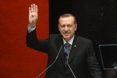 Recep Erdogan może się cieszyć z wyników niedzielnego referendum.
