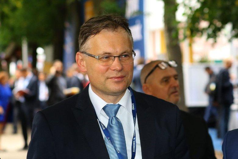 W Polsce trwa kampania PiS ws. zmian w sądach. Tymczasem poseł Arkadiusz Mularczyk zapowiada zakładanie spraw opozycji.