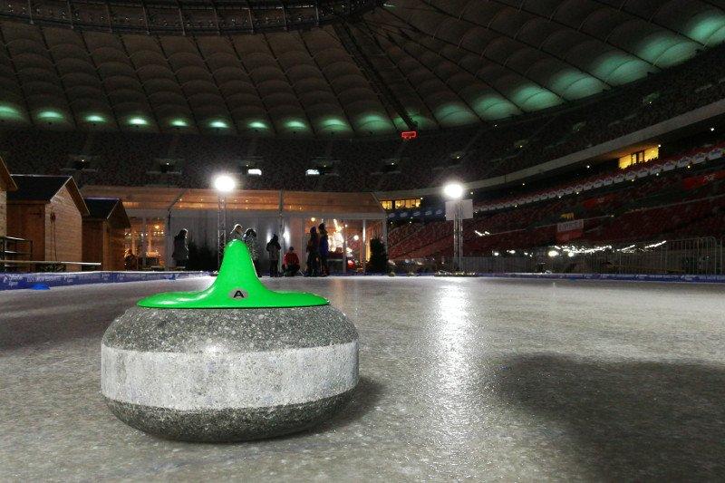 Kamienie do curlingu są wykonane z czystego granitu wydobywanego u wybrzeży Szkocji.
