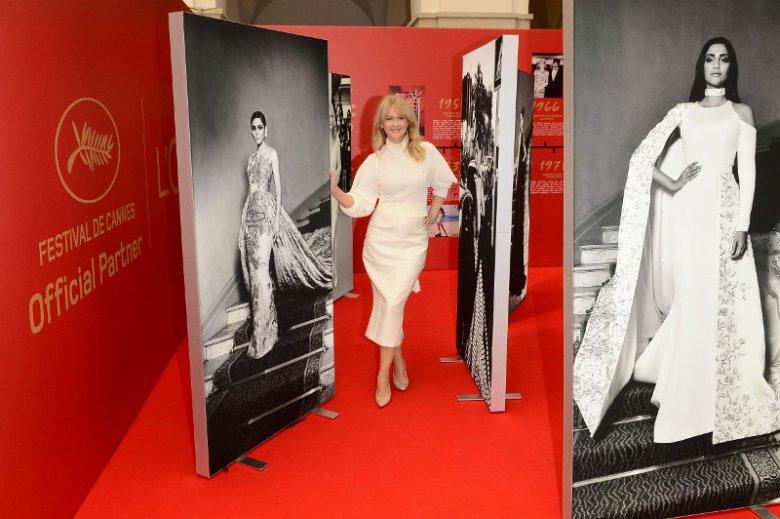 """Lore'al Paris świętuje 22. rocznicę współpracy z festiwalem filmowym w Cannes. Z tej okazji legendarna marka kosmetyków przygotowała kampanię """"Kobiety w roli głównej"""". Na zdjęciu ambasadorka L'Oréal Paris - Grażyna Torbicka"""