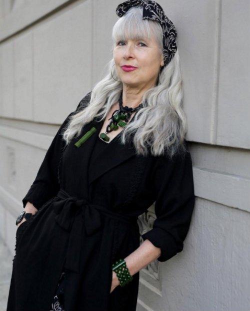 -Społeczeństwo nie chce słuchać opinii  starszych kobiet, ale czas zabrać głos - mówi w rozmowie z Arim Sethem Cohenem 69-letnia pisarka Sabine Reichel.