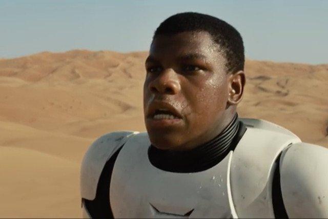 Czarnoskóry, nowy bohater Gwiezdnych Wojen wzbudził sensację i dyskusję czy powinien się znaleźć w scenariuszu