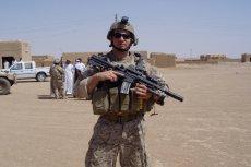 Kevin Lacz to były snajper najskuteczniejszego oddziału US Navy SEALs. Nam opowiada o swojej służbie w elitarnej jednostce, przyjaźni z legendarnym snajperem Chrisem Kylem i roli, jaką zagrał w filmie Clinta Eastwooda u boku Bradleya Coopera