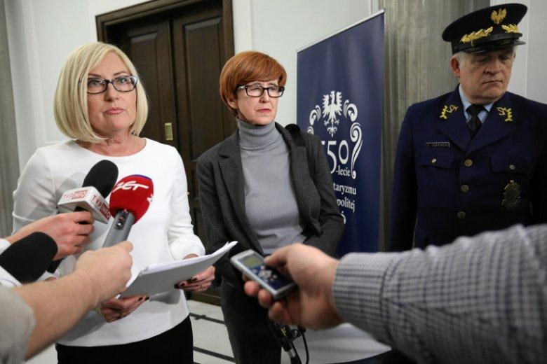 Złożenie projektu zapowiadała Joanna Kopcińska.