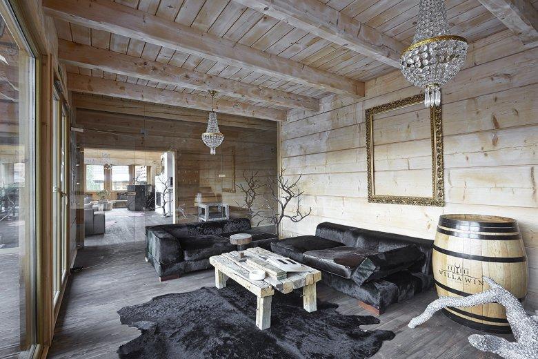 No Name Hotel Luxury & SPA w Łapszach Niżnych tuż koło Białki. Choć teoretycznie bez nazwy, dorobił się już czterech gwiazdek.