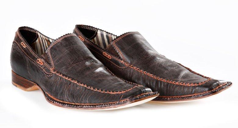 Większość kobiet deklaruje, że jeśli chodzi o męską garderobę, największą uwagę zwraca na buty.