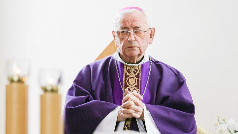 W rozmowie z naTemat.pl bp Tadeusz Pieronek wyjaśnia, że dobry katolik może popierać inne partie niż PiS. I ocenia szanse na powodzenie planu premiera Morawieckiego na rechrystianizację Europy.
