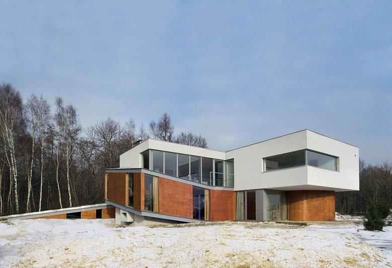 Dom z Ziemi Śląskiej/Broken House
