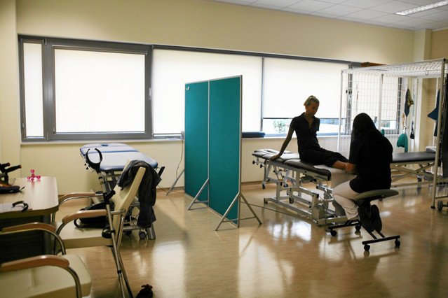 Choroby układu ruchu generują dużo zwolnień lekarskich wśród osób aktywnych zawodowo.