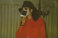 """Zachowało się wiele fotografii i nagrań dokumentujących """"przyjaźń"""" Jacksona i kilkuletniego fana"""