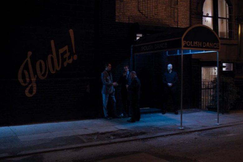Choć z zewnątrz klub wyglądał dość podejrzanie, po wejściu do środka bohaterowie zobaczyli inny świat