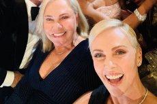 Charlize Theron pochwaliła się zdjęciem z mamą i kilkoma największymi gwiazdami