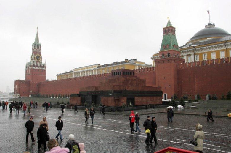 Mury Kremla w Moskwie. Polacy zostali stąd wypędzenia dokładnie 402 lata temu.