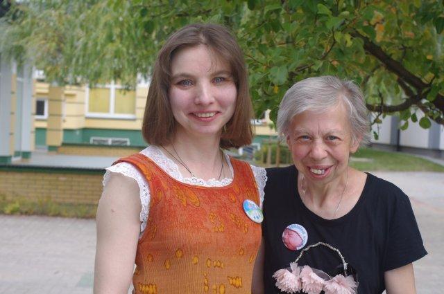 55- letnia Halina Cymerman z Olsztyna jest najstarszą Polką z zespołem Williamsa. Na zdjęciu z bratanicą Iwoną