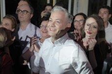 Robert Biedroń podczas wieczoru wyborczego.