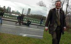 Czy Radosław Sikorski powinien wysiąść z taksówki i udzielać pomocy?
