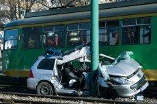 Gdy uszkodzenia przekraczają wartość pojazdu ubezpieczyciel z automatu orzeka o szkodzie całkowitej.