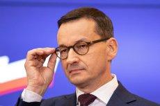 Mateusz Morawiecki wspiera Jana Śpiewaka, który usłyszał wyrok skazujący w procesie o zniesławienie.