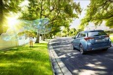 Jazda ekonomiczna, zwana też ekologiczną, jest gwarancją, że w portfelu zostanie więcej funduszy na paliwo