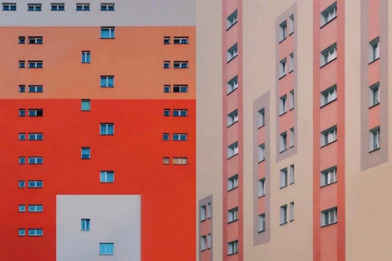 Zdjęcia artysty przykuwają wzrok i w niczym nie przypominają obskurnych blokowisk
