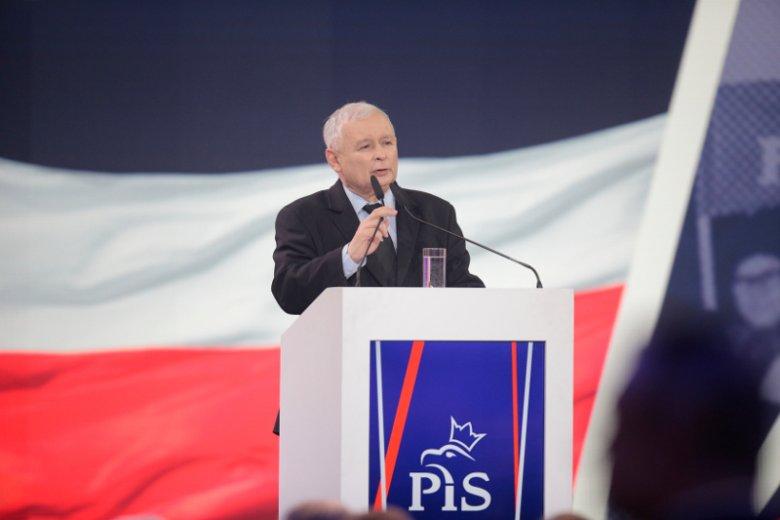Obliczono, że nowe obietnice PiS będą kosztować grube miliardy złotych.