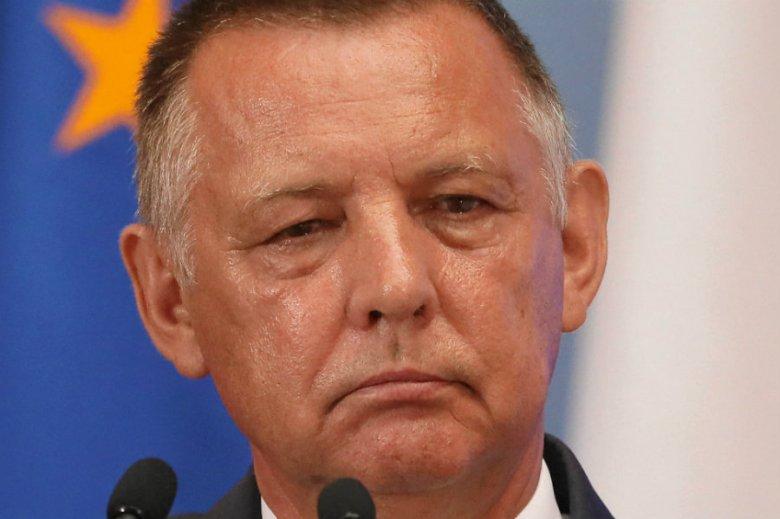 Marian Banaś miał do ostatniej chwili zwlekać z odniesieniem się do uwag CBA dotyczących jego oświadczeń majątkowych.