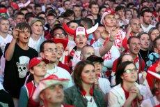 Niezbędnik kibica. Co każdy szanujący się fan futbolu musi mieć ze sobą, aby z dumą reprezentować narodowe barwy?