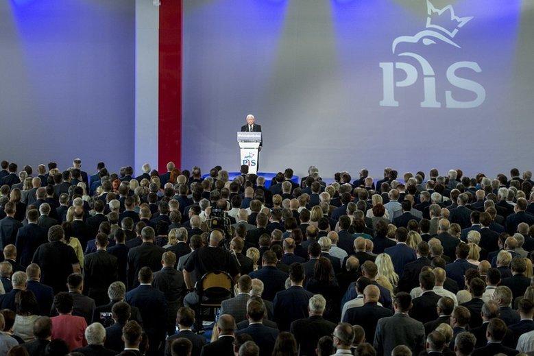 PiS rzuciło do boju o miasta swoich parlamentarzystów.