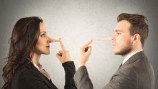 6 zachowań, po których rozpoznasz oszusta. Czy widujesz go w lustrze?