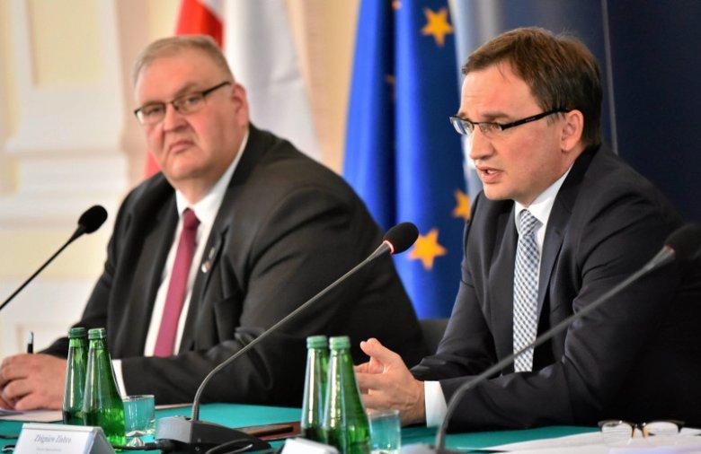 Minister Sprawiedliwości i Prokurator Generalny Zbigniew Ziobro oraz prokurator krajowy Bogdan Święczkowski mają pełne ręce roboty
