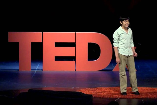Tanishq Abraham podczas konferencji TEDx Talk
