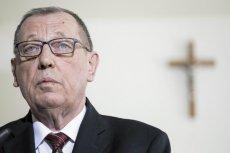 """""""Super Express"""" ujawnił wydatki z kart płatniczych w resorcie Jana Szyszki."""