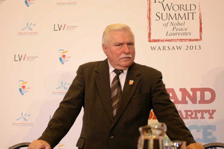Radni PiS nie chcąodbieraćLechowi Wałęsie honorowych obywatelstw ich miast. Na razie.