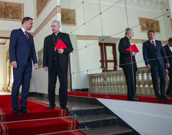 Przewodniczący Episkopatu Polski abp Stanisław Gądecki gościł ostatnio w Pałacu Prezydenckim