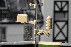 Nie potrzebna jest własna stacja meteorologiczna, aby prognozować pogodę. Wystarczy internet i dostęp do odpowiedniej aplikacji.