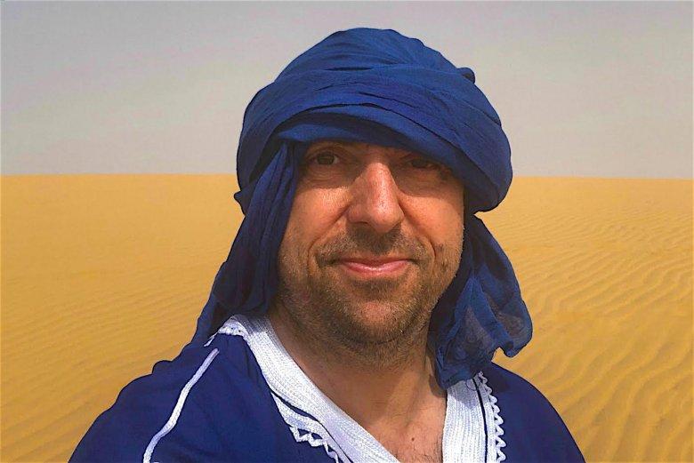 """Kapryśny arabski szejk? Nie, to lider zespołu Boys podczas """"podróży służbowej"""" do Maroka"""