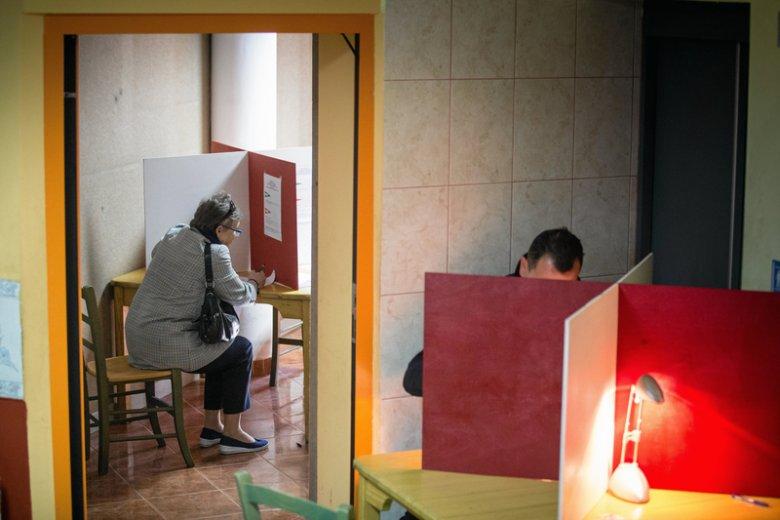 Głosowanie w wyborach do Parlamentu Europejskiego (zdjęcie ilustracyjne).