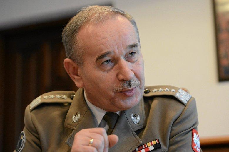 Generał Mieczysław Gocuł zdecydował się opowiedzieć o kulisach współpracy z Antonim Macierewiczem.