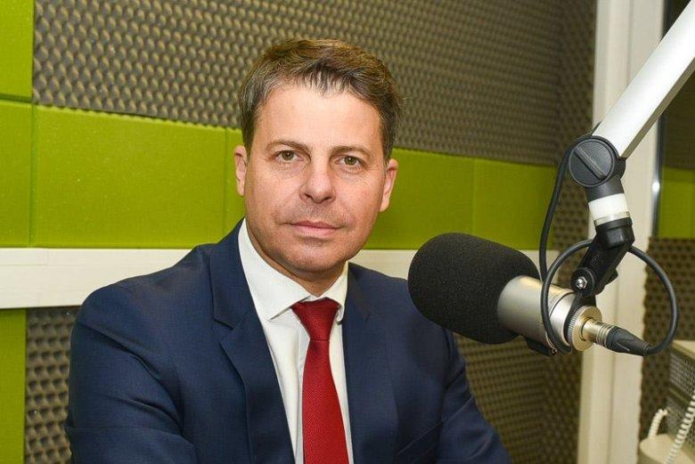 Mirosław Piotrowski dwa miesiące temu rozpoczął proces rejestracji nowego ugrupowania. Nie wiadomo jednak, czy nie wystartuje z list innego komitetu wyborczego.