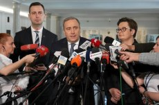 – Wszystko wskazuje na to, że będzie jedna wspólna lista całej opozycji. My, PO, SLD, Nowoczesna, UED i samorządowcy – to komentarz polityka z PSL, który cytuje portal Onet.pl.