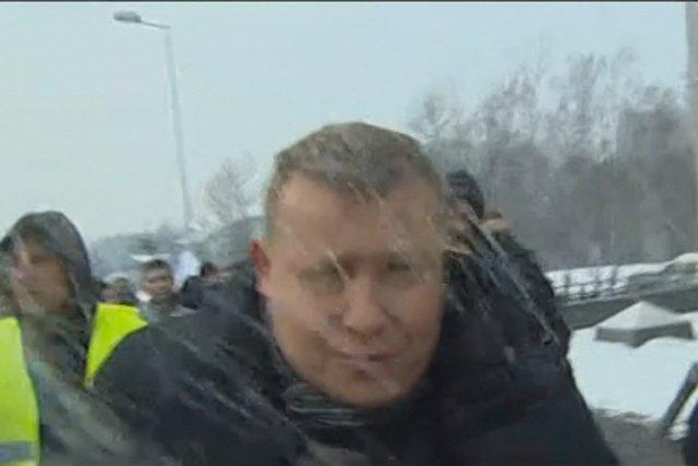 Pod siedzibą JSW zaatakowani zostali pracownicy TVP: Marcin Tulicki oraz towarzyszący mu operator
