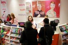 Sieć drogerii Hebe organizuje promocję 2+2 na kosmetyki tej samej marki.