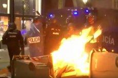 W wielu miastach Katalonii trwają regularne walki między separatystami a policją.