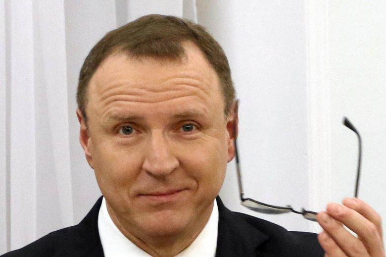 """TVP pod przewodnictwem Jacka Kurskiego zwolniła pracownika za piosenkę """"Siła kobiet""""."""
