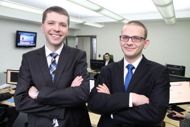 Łukasz Olek i Michał Czekalski - twórcy serwisu internetowykantor.pl