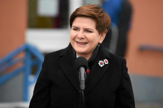 Beata Szydło zachowuje się jak katarynka, w każdej sprawie mówi to samo.